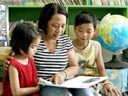 国际社会关注越南家庭收养特殊环境儿童模式
