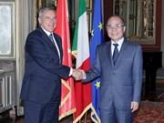 国会主席阮生雄会见意大利参议院议长