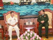 冯光青大将会见菲律宾海军司令代表团