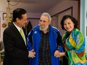 古巴新闻媒体纷纷刊登古巴领袖会见阮晋勇总理的图片