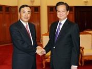 越南政府总理阮晋勇会见各国大使