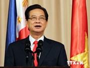 阮晋勇总理:越南绝不把神圣主权和领土完整换取虚幻的和平与友谊