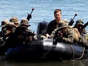 美菲军队举行抢滩登陆演习