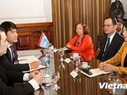 越南国会副主席阮氏金银访问阿根廷