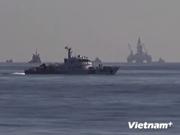 现场报道:发现两架中国飞机在钻井平台海域绕飞