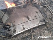 河内市人民委员会主席看望慰问飞机坠毁事件中受重伤的战士