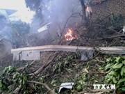 吴春历上将看望慰问Mi-171型飞机坠毁事件中受重伤的战士