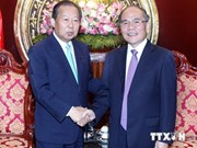 国会主席阮生雄会见日本国会众议院议员小组