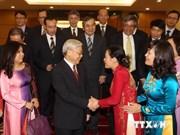 越共中央总书记阮富仲接见越南驻外大使和首席代表