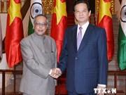 越南政府总理阮晋勇会见印度总统普拉纳布·幕克吉