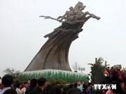 首都河内解放60周年:向全国各省市赠送60尊荣圣雕像
