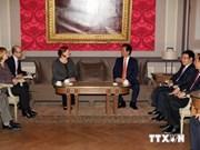 阮晋勇总理会见比利时参众两院领导人