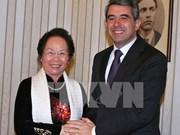 越南国家副主席会见保加利亚总统