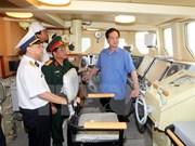 越南政府总理阮晋勇视察导弹艇建造进度