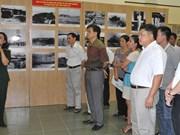 """""""黄沙与长沙归属越南:历史和法律依据""""展览会在高平省举行"""