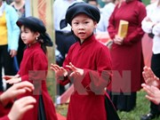 越南富寿省春曲艺术努力脱离急需保护状态
