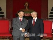 越共中央总书记会见老挝政府高级代表团