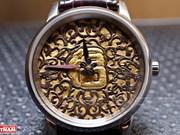 组图:深受追捧的纯手工雕刻手表