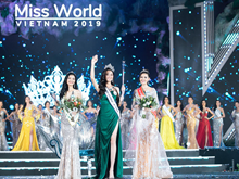 梁垂玲佳丽摘下2019年越南世界小姐桂冠(组图)