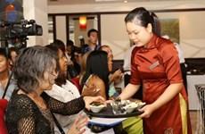 秘鲁传统菜肴烹饪培训班在河内市举行