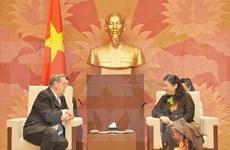 越南国会副主席丛氏放会见耶稣基督后期圣徒教会代表团