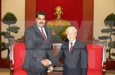 越共中央总书记阮富仲会见委内瑞拉总统、统社党主席马杜罗