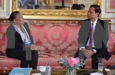 越南政府监察总署总监察长黄风筝对法国进行工作访问