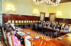 越南与意大利相互借鉴监察工作经验