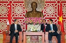 越南政府总理会见新加坡贸易与工业部部长