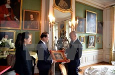 瑞士一向重视加强和越南在各领域的合作