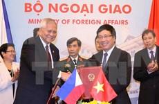 越南-菲律宾混合委员会召开第八次会议
