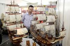 越南手工艺品在河内手工艺赠品展览会上亮相