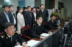 越南-中国陆地边界口岸管理合作委员会工作团考察中国上海、深圳若干口岸