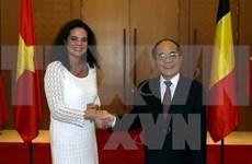 越南国会主席同比利时参议院议长举行会谈