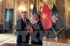 越南与美国犹他州大力促进各领域务实合作