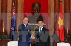 越南国家主席张晋创会见新西兰总理约翰•基