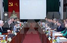 越南白俄罗斯工会加强合作