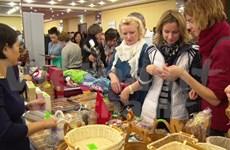 越南驻俄大使馆参加2015年莫斯科国际妇女俱乐部冬季义卖活动