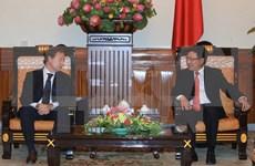越南政府副总理兼外交部长范平明会见了欧盟驻越大使暨欧盟驻越代表团团长