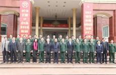 越共中央总书记阮富仲元旦节走访河内首都司令部