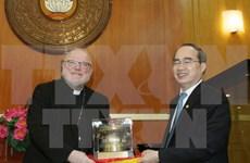 越南祖国阵线中央委员会主席阮善仁会见德国主教团主席马克思枢机
