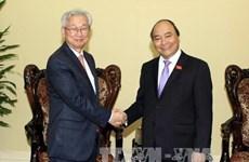 越南政府副总理阮春福会见韩国驻越南大使