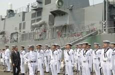 日本海上自卫队驱逐舰抵达金兰港对越南进行友好访问