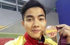 越南体操运动员范福兴获得直通2016年里约奥运会入场券