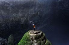 瑞士摄影师镜头下的山洞窟角色风景(组图)
