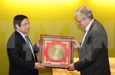 越南共产党代表团在法国展开系列活动