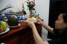 越南河内市民过端午节