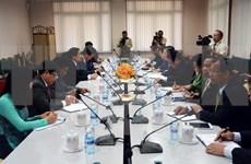越柬努力推动民族工作合作走向深入