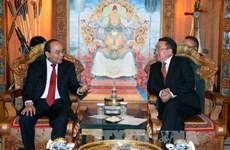 越南政府总理阮春福会见蒙古国总统查希亚·额勒贝格道尔吉