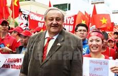 捷克越南友好协会主席驳斥关于东海形势的错误观点